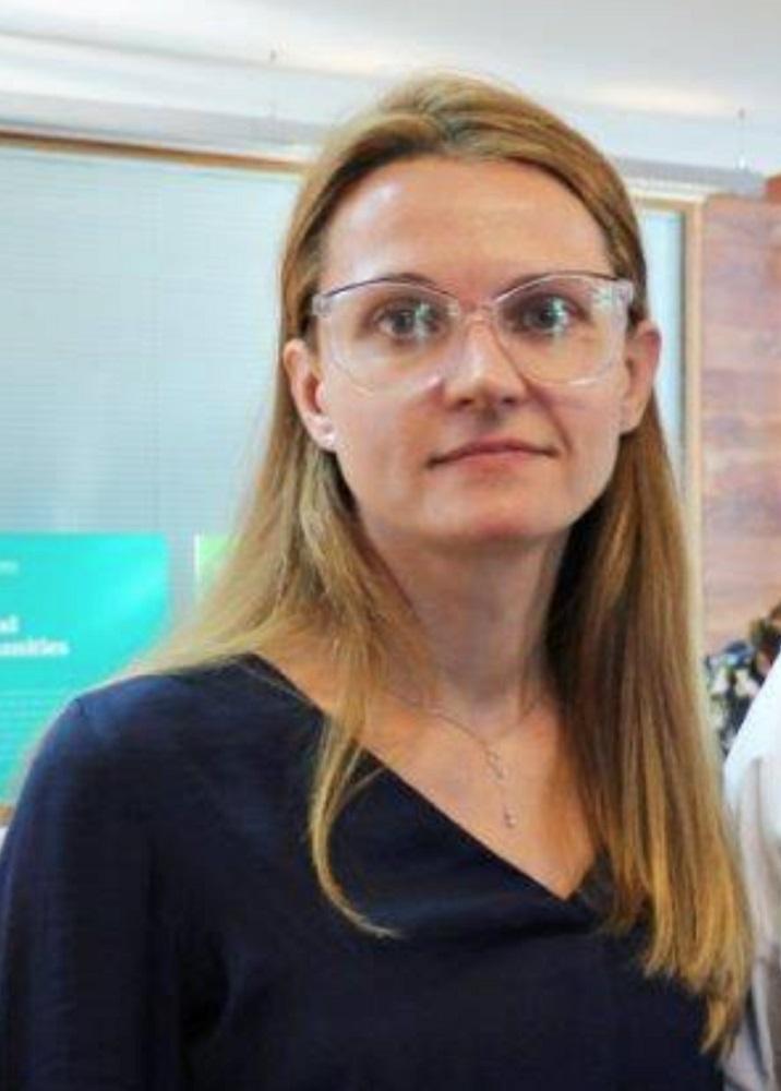 dr Anna Barcz